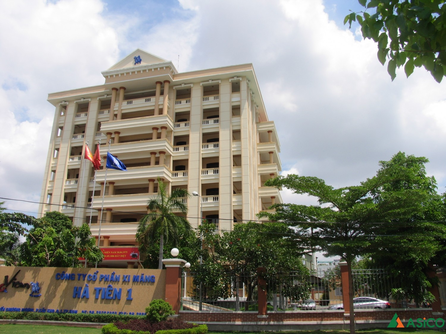 Head Office of Ha Tien 1...